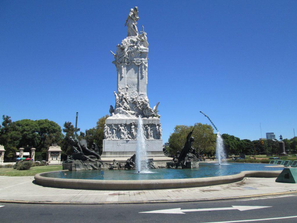 monumento-espanhois
